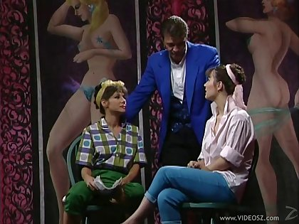 Retro threesome hardcore orgasm between two cougars and their male friend