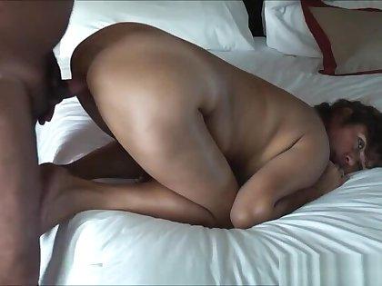 MATURE ASIAN WIFE FUCK GRANDA